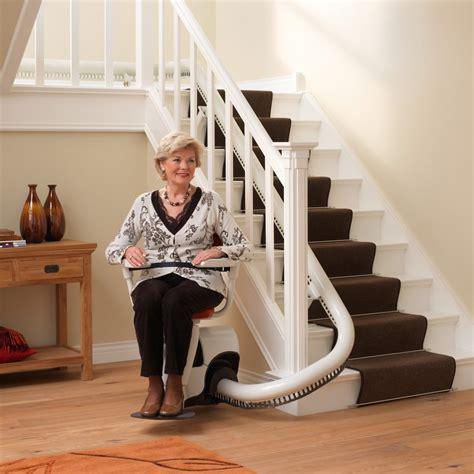 chaise electrique pour escalier prix tout savoir sur le monte escalier le monte escalier