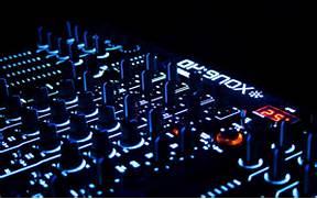House Music DJ Wallpap...