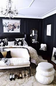 Trendy color schemes for master bedroom room decor ideas for Black and white master bedroom decorating ideas
