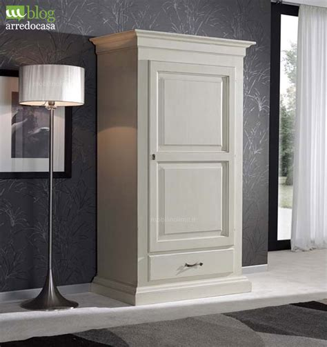 armadi da ingresso classici arredare l ingresso con mobili classici alcuni consigli