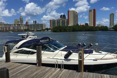 Motor Boat Rental Miami Beach by Luxury Boat Rentals Miami Beach Fl Cranchi Motor Yacht 853