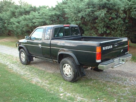 nissan pickup  sell   nissan pickup xe