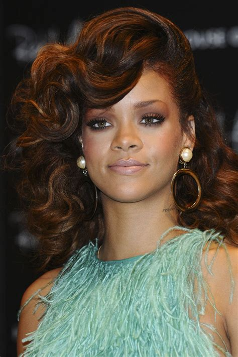 The Best Head-Turning Rihanna Hairstyles - More