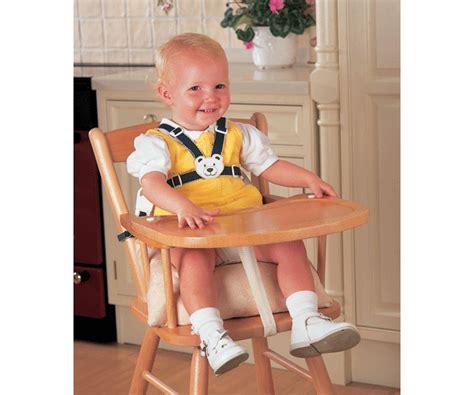 quand mettre bébé dans une chaise haute chaises évolutives question achats pour bébé