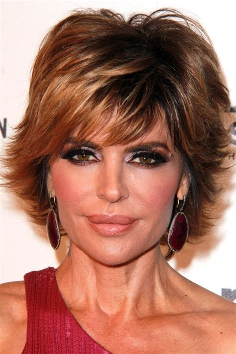 short layered flip hairstyles 50 cute and easy to style short layered hairstyles