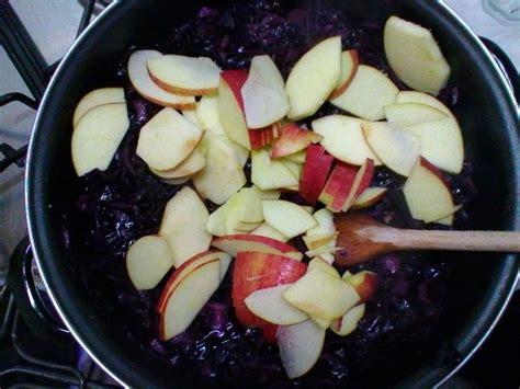 come cucinare il cavolo bianco come cucinare il cavolo cappuccio viola con le mele un