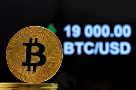 Most people who get into crypto start off buying bitcoin and then get into ethereum, and then start looking into other cryptocurrencies. Bitcoin Breaks USD 19,000, Hits Altcoins