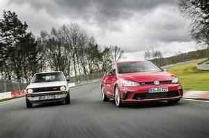 Volkswagen Golf GTI Clubsport S Wallpapers Images Photos ...