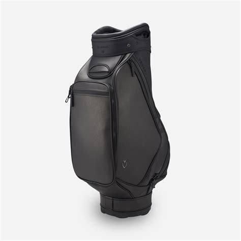 Which golf bag does Tiger Woods use? - GolfGETUP