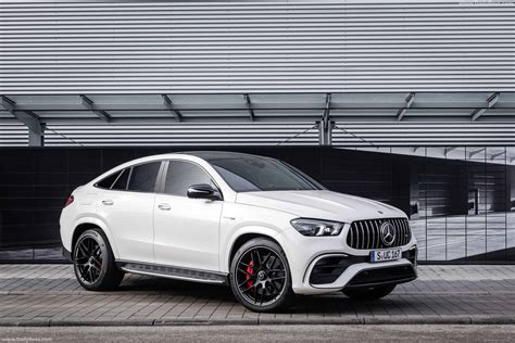 Gallery of 62 high resolution images and press release information. 2021 Mercedes-Benz GLE63 S AMG Coupe - HD Pictures, Videos, Specs & Informations - Dailyrevs