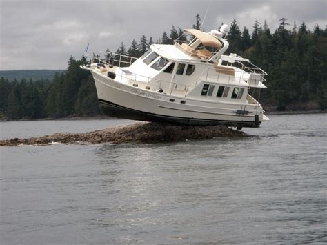 Boat Us Foundation by Part 2 Difference Between Towing And Salvage Boatus