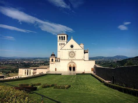 basilica  saint francis  assisi italy magazine