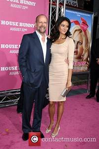 Bruce Willis - Premiere of 'The House Bunny' at the Mann's ...