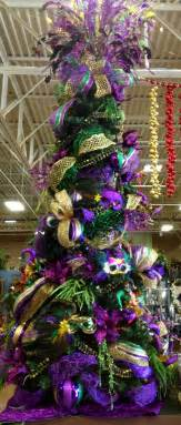 Mardi Gras Wooden Door Decorations by Pin By Mcpeters On Holidays