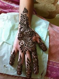 Traditional henna design | Henna designs | Pinterest