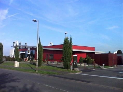 le bureau henin beaumont le batiment mc donald picture of mc donald 39 s henin