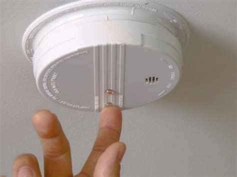 home maintenance smoke alarms  carbon monoxide