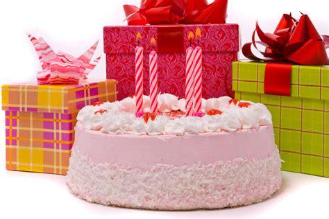 Rosafarbene Torte Mit Vier Kerzen Stockbild  Bild Von