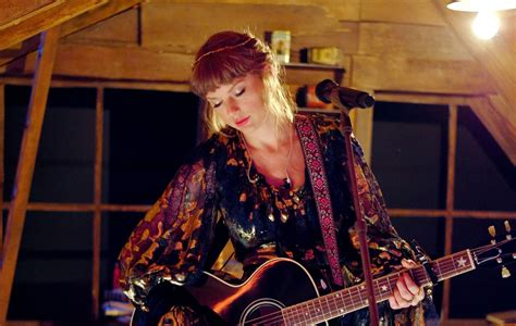Taylor Swift shares latest 'From The Vault' track, 'Mr ...