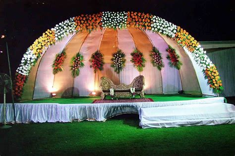 flower decorations wedding stage