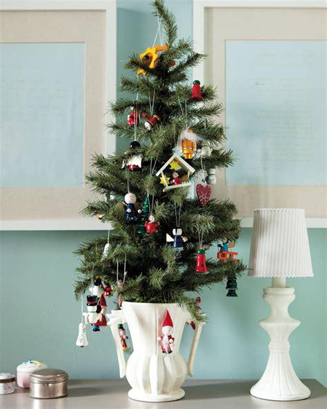 decor noel miniature 30 mini trees decoration ideas celebrations