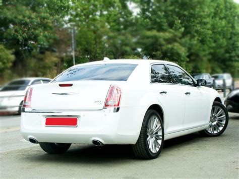2011 Chrysler 300c For Sale by Japanese Used Chrysler 300c 2011 Cars For Sale