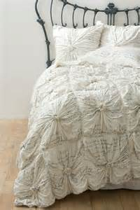 nip anthropologie rosette quilt twin set 4 shams script new home bed free ship scripts and bedding