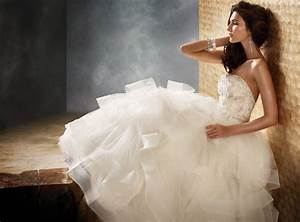 Finding the best wedding dress for your body type for What wedding dress is right for me