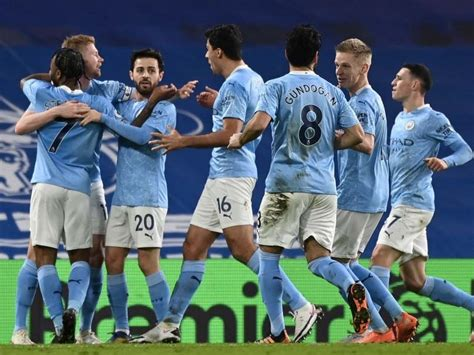 Premier League: Manchester City Coast Past Chelsea With ...