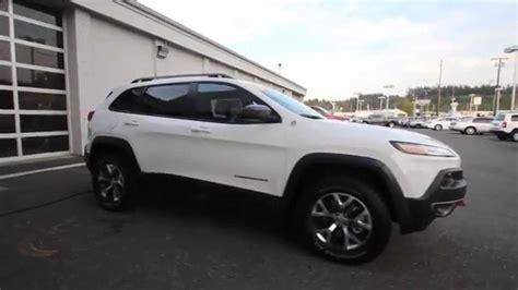 jeep cherokee white 2015 jeep cherokee trailhawk white fw502843 mt