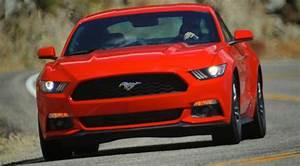 Mondial De L Automobile 2015 : news automoto ford mustang 2015 le l gendaire coup embarque pour le mondial de l 39 automobile ~ Medecine-chirurgie-esthetiques.com Avis de Voitures