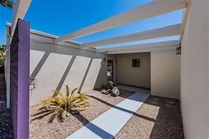 Palm Springs Neighborhoods: Racquet Club Estates