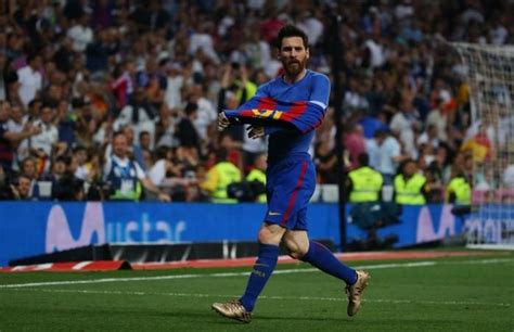 Lionel Messi and his magic in El Clasico 2017 - IBTimes India