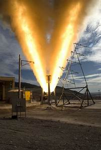 06-test-moteur-fusee-atktestfire1-746404