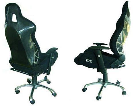 siege baquet bureau un siège baquet en guise de fauteuil de bureau à découvrir