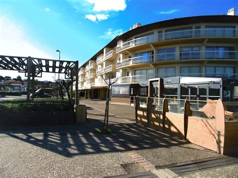 restaurant chambre d amour anglet pleasant and light t2 chambre d 39 amour anglet 1 br