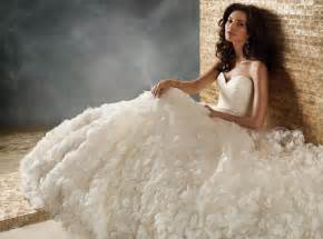 simple winter wedding dresses tips for winter wedding dress simple wedding dress for you 2013