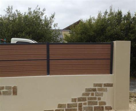 enduit decoratif cuisine mur paraping avec parement pierres et enduit clôture composite cagne jardin brest