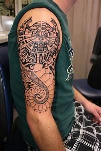 Maorie Tattoo Oberarm : 49 maori tattoo ideen die wichtigsten symbole und ihre bedeutung ~ Frokenaadalensverden.com Haus und Dekorationen