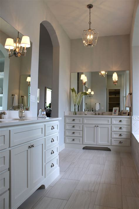 White Cabinets In Bathroom by Kitchen And Bath Cabinet Door News By Taylorcraft Cabinet