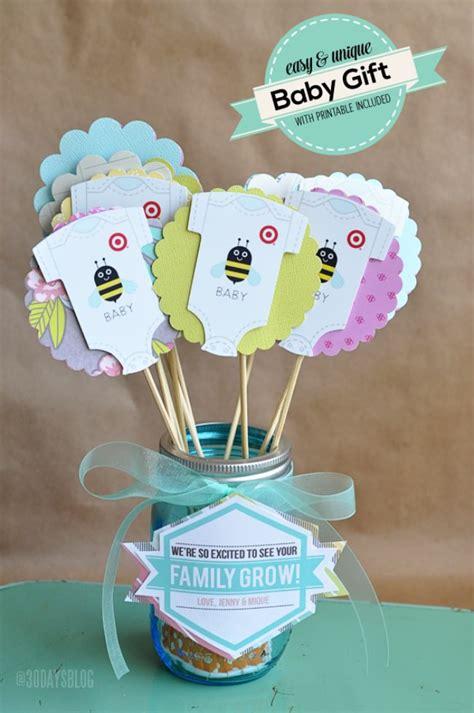 Baby Shower Gift Ideas - 48 diy baby shower gifts tip junkie