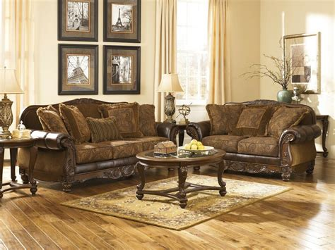 traditional loveseat 63100 world traditional classic antique sofa