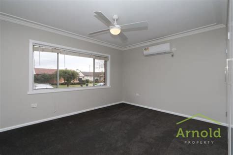 perth avenue east maitland nsw  arnold property