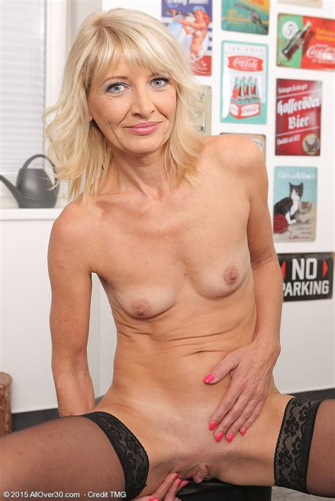 Homemade Small Tits Blonde Pov