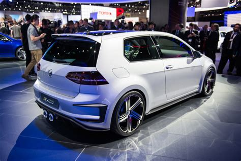Golf R400 Approved For Production