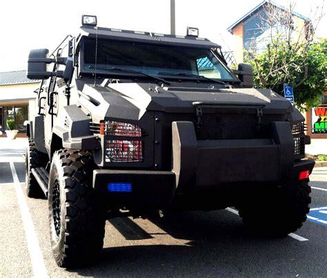 Armored Swat Vehicle 6 - MEGA