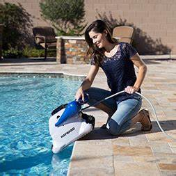 Tiger Shark Quick Clean : hayward pool products offers robotic pool cleaners ~ Dailycaller-alerts.com Idées de Décoration