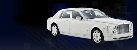 White Chauffeur Rolls Royce Phantom Car Hire London
