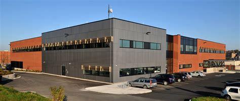 bureau de poste sherbrooke espace vital architecture quartier général du service de