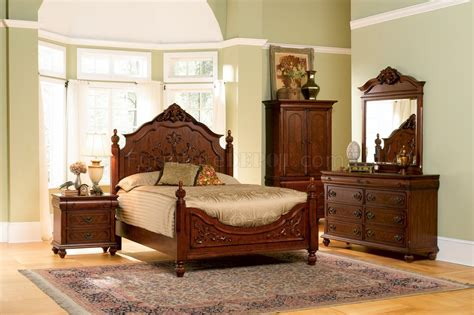 cherry finish classic antique style bedroom  carving